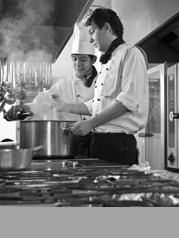 chefs-seasoning-steamy-soup-bw.png